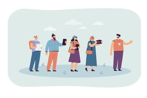 Grupo de excursión siguiendo guía con gadgets y mapa. ilustración plana