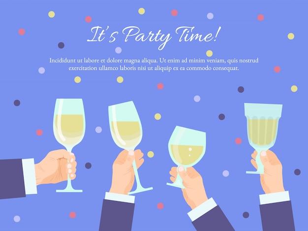Grupo de manos sosteniendo copas con champagne. brindando por las felicitaciones con copa de champán. ceremonia de celebración, fiesta de oficina de año nuevo