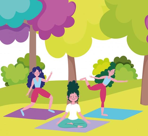 Grupo de mujeres jóvenes entrenando yoga meditación, ejercicios al aire libre