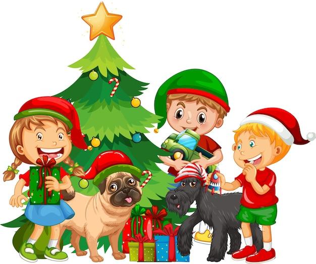Grupo de niños con su perro vistiendo trajes de navidad sobre fondo blanco.