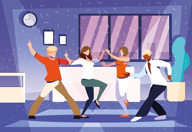Grupo de personas bailando en casa, fiesta, música y vida nocturna.