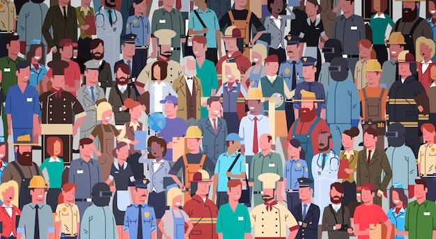 Grupo de personas conjunto de ocupación diferente, empleados mezclar trabajadores de raza