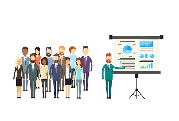 Grupo de personas de negocios presentación rotafolio finanzas