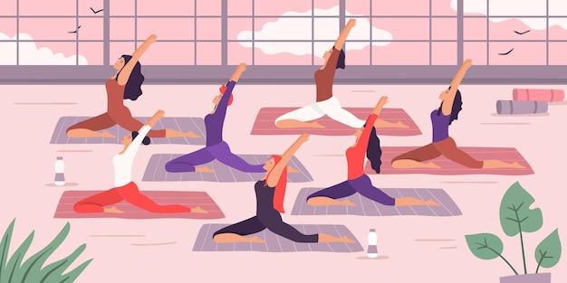 Grupo de yoga de mujeres.