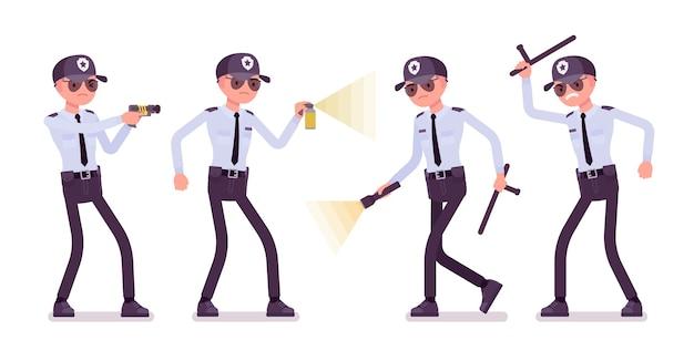 Guardia de seguridad masculino en el trabajo
