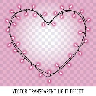 Guirnalda en forma de corazón con brillantes luces púrpuras rosadas aisladas sobre fondo transparente.