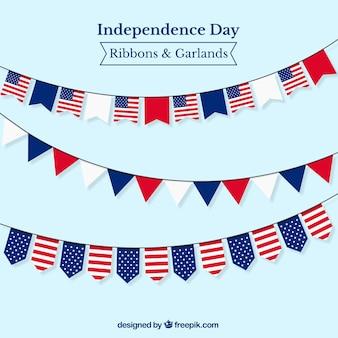 Guirnaldas conla bandera de los estados unidos de américa