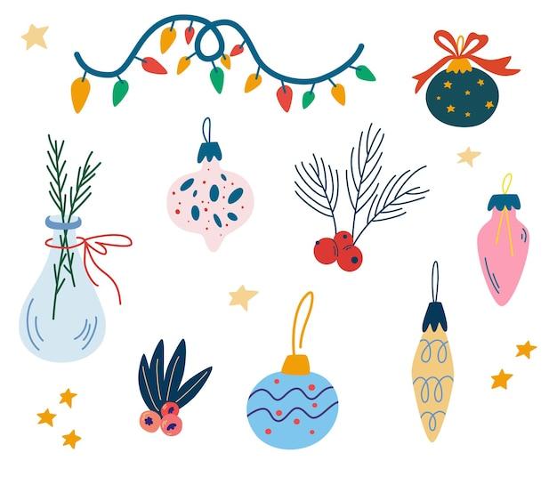 Guirnaldas y juguetes navideños. elementos de decoración, juguetes de abeto, campanas, estrellas, ramitas de abeto y bayas. vacaciones de invierno. lindos símbolos de navidad. accesorios de año nuevo. ilustración vectorial