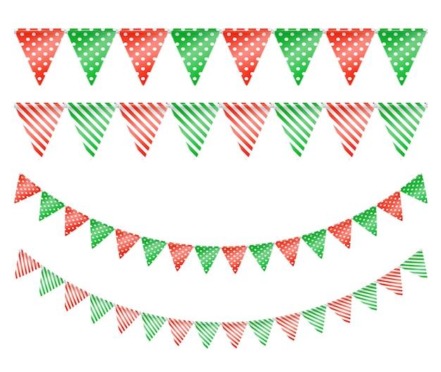 Guirnaldas navideñas con banderas triangulares verdes y rojas con patrón de puntos y rayas