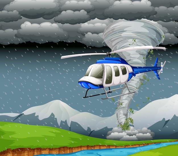 Helicóptero volando con mal tiempo.