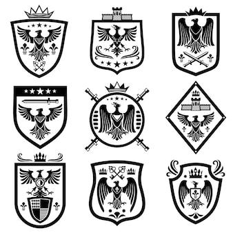Heráldica medieval del escudo de armas, emblemas, insignias