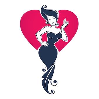 Hermosa chica pin up en vestido floral sobre fondo de corazón rojo, para su logotipo, etiqueta, emblema