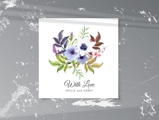 Hermosa flor dibujada a mano y ramo de hojas tarjeta de agradecimiento