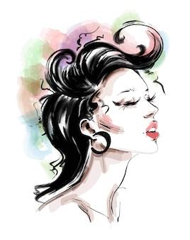 Hermosa mujer joven con peinado colorido de moda