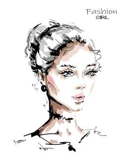 Hermosa mujer rubia con maquillaje