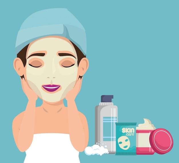 Hermosa mujer en tratamiento facial