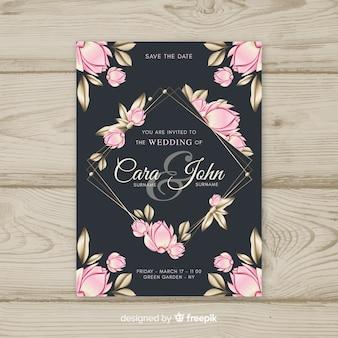 Hermosa plantilla floral de invitación de boda con elementos dorados