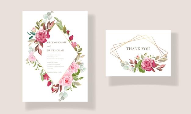 Hermosa plantilla de tarjeta de boda dibujada a mano con marco floral burdeos y rosa y decoración de borde