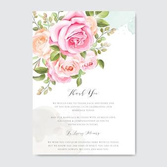 Hermosa tarjeta de boda e invitación con marco floral y hojas