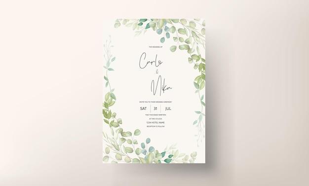 Hermosa tarjeta de invitación de boda con decoración de hojas