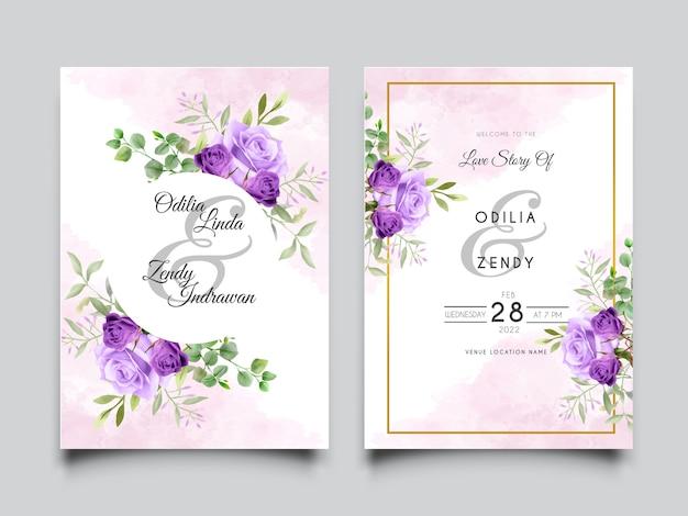 Hermosa tarjeta de invitación de boda con diseño de rosas moradas
