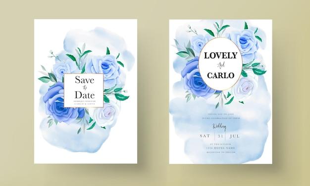 Hermosa tarjeta de invitación de boda floral azul