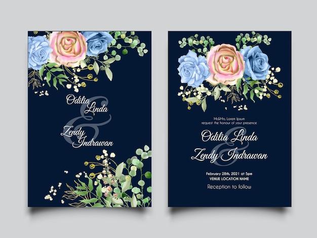 Hermosa tarjeta de invitación de boda con rosas azules y hojas de acuarela