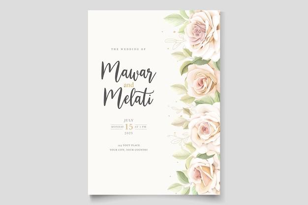 Hermosa tarjeta de invitación de rosas suaves