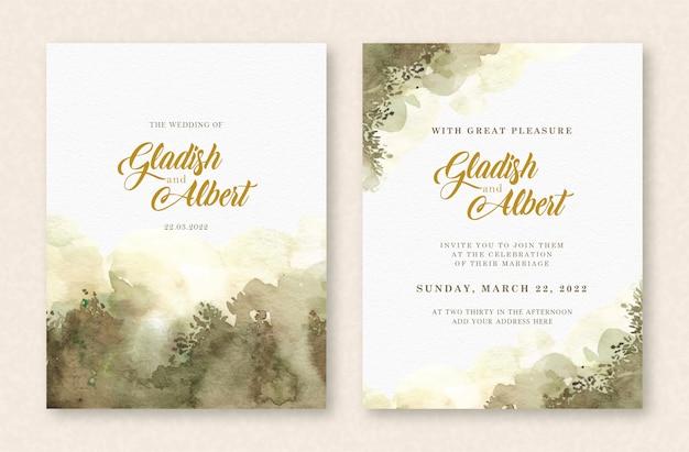 Hermosas hojas y acuarela splash verde en plantilla de tarjeta de boda