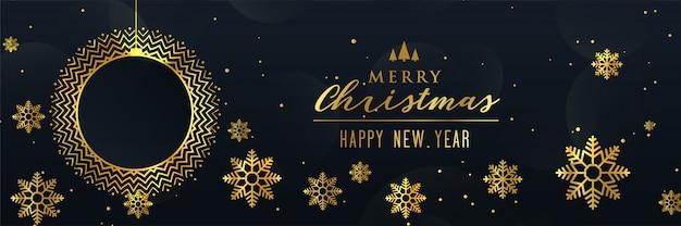 Hermoso diseño de banner de oro copos de nieve de navidad