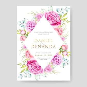 Hermoso diseño floral de la tarjeta de boda