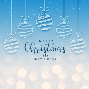 Hermoso fondo bokeh de vacaciones de navidad con bolas colgantes