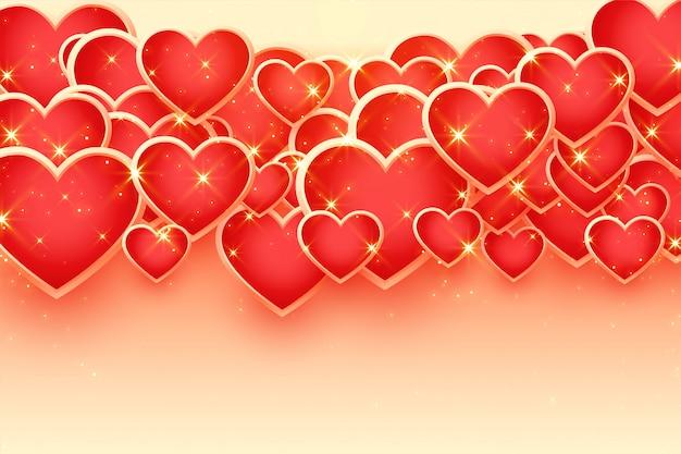Hermoso fondo de corazones dorados brillantes