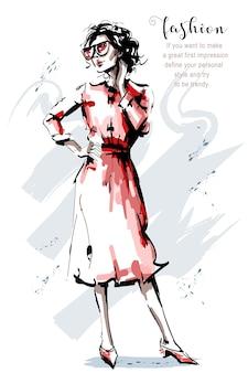 Hermoso, mujer joven, en, vestido rojo