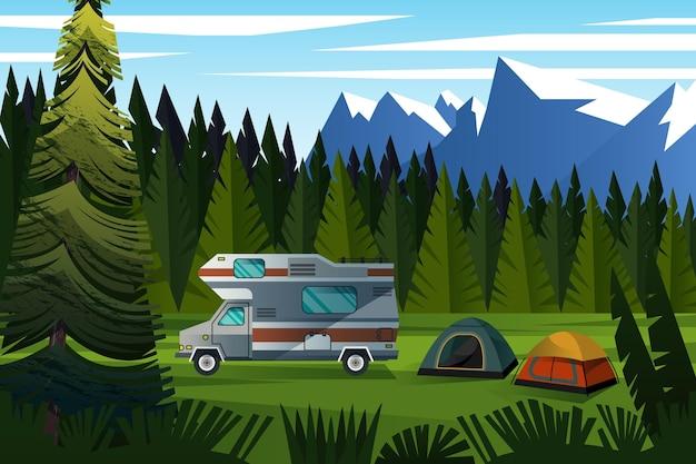 Hermoso paisaje acampando entre montañas