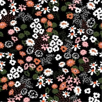 Hermoso patrón de flores de colores en flores a pequeña escala. estilo de la libertad. fondo floral transparente.