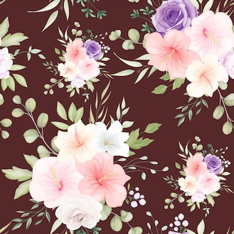 Hermoso patrón transparente floral dibujado a mano