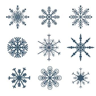 Hermosos copos de nieve establecen elementos