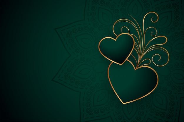 Hermosos corazones dorados con fondo de diseño floral