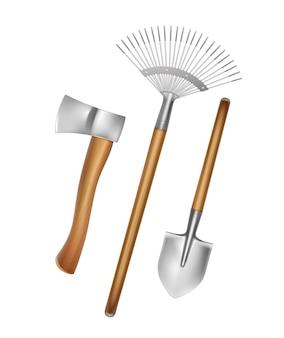 Herramientas manuales de jardinería: rastrillo, pala, hacha con mango de madera