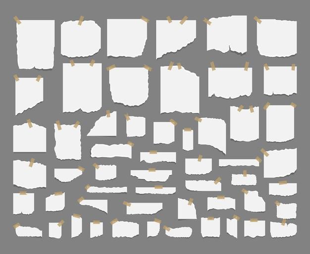 Hojas rotas de cuaderno, hojas blancas y trozos de papel rasgado