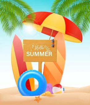 Hola concepto de diseño de verano. tablero de madera con hola elementos de texto y playa de verano como tabla de surf colorida en el fondo de la orilla del mar. ilustración.