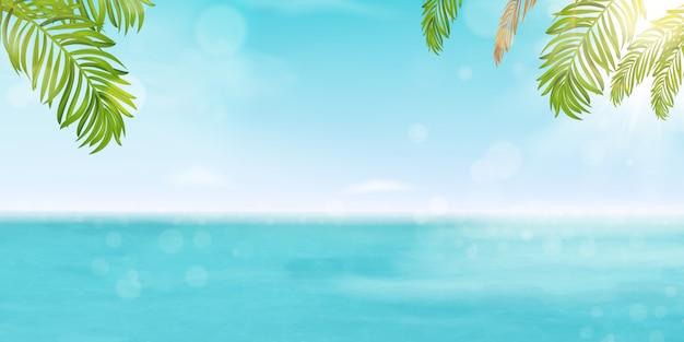 Hola verano vector banner diseño vacaciones concepto. póster paisaje seashore resort vista con océano brillante, agua de mar con sol brillante, hojas de palmeras tropicales.