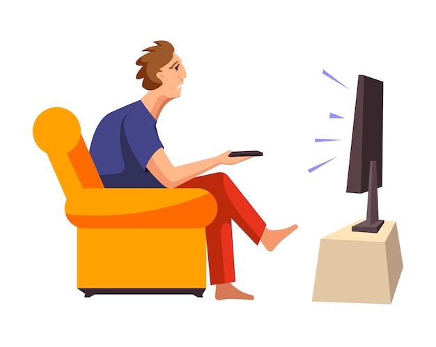 Hombre adicto a los programas de televisión se sienta en un sofá suave