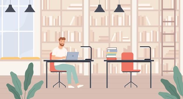 Hombre en biblioteca. hombre joven en el interior de la biblioteca pública con estanterías, escritorios y computadora portátil, bibliófilo lee el concepto de vector plano de libros. estudiante masculino sentado con la computadora y estudiando