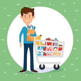 Hombre con comestibles de supermercado en bolsa de compras