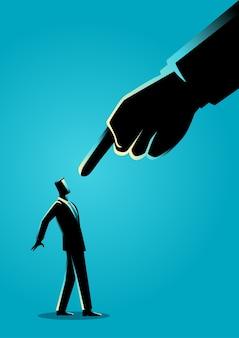 Hombre de negocios que es señalado por el dedo gigante