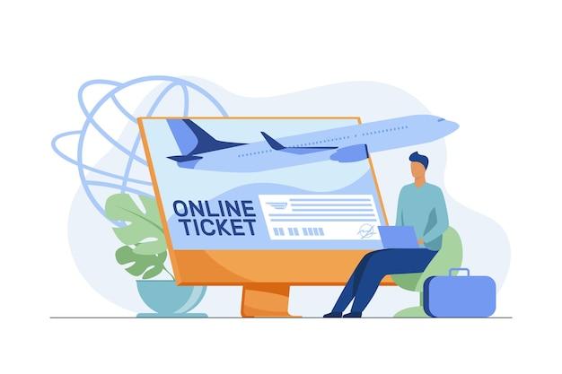 Hombre diminuto comprando boleto en línea a través de una computadora portátil. monitor, avión, equipaje plano ilustración vectorial. viajar y tecnología digital