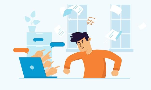 Hombre enojado molesto sentado en el escritorio luchando debido al acoso cibernético.