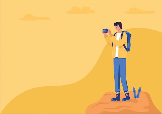 Un hombre excursionista que sale del teléfono inteligente